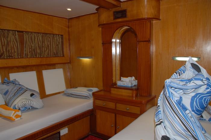 Twin cabin - Blue Pearl