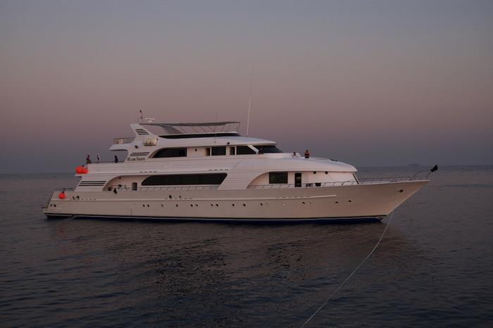 Enjoy sunsets onboard Blue Seas Liveaboard