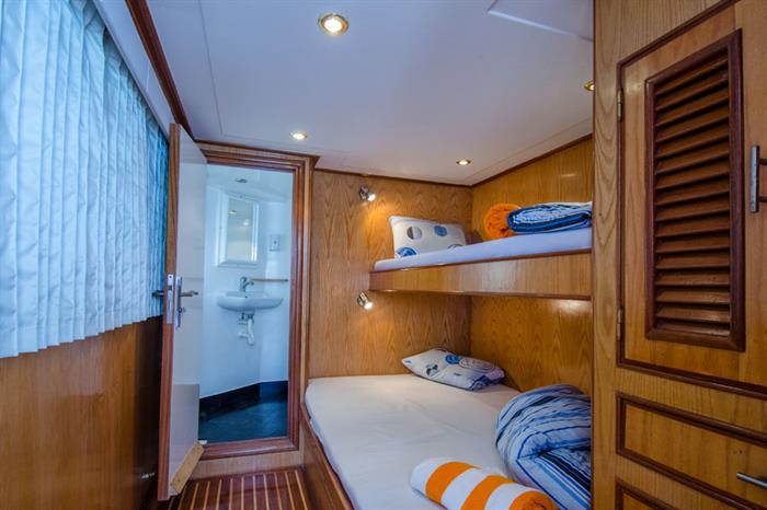 Blue Planet 1 upper deck cabin