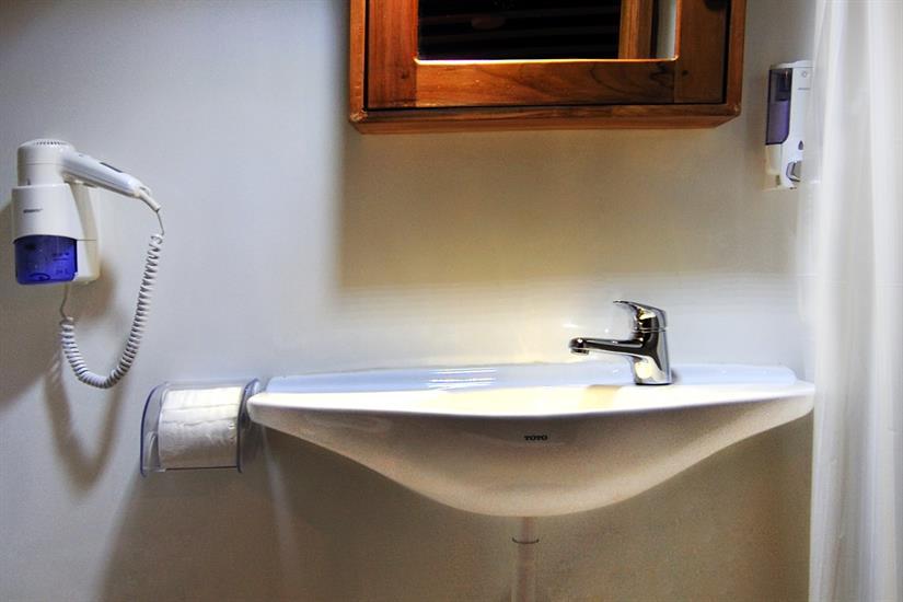 Fully kitted bathrooms - Fiji Siren
