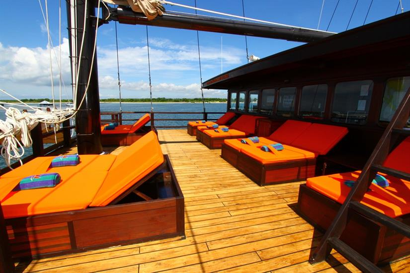Sun Deck - MSY Waow Liveaboard