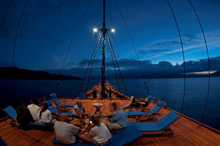 Evening Relaxation - Aurora Liveaboard