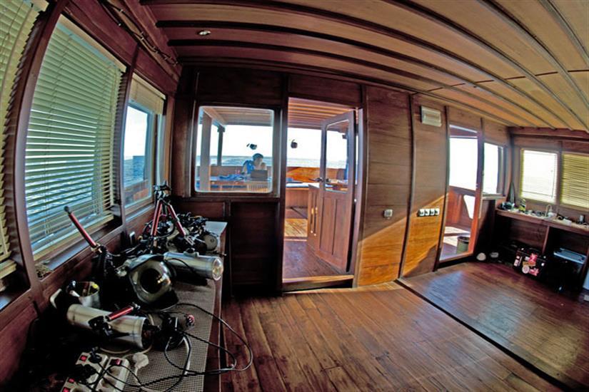 Camera Room - Aurora Liveaboard