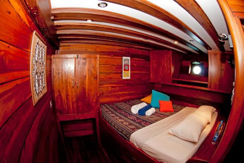 Double Cabin - Aurora Liveaboard