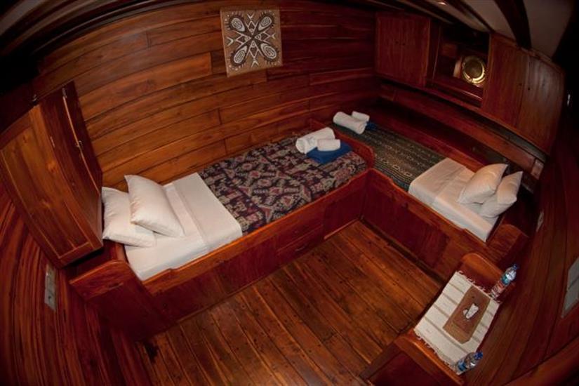 Twin Cabins - Aurora Liveaboard