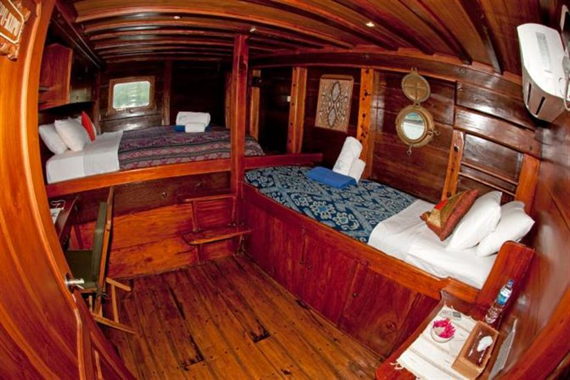 Double with Extra Bed - Aurora Liveaboard