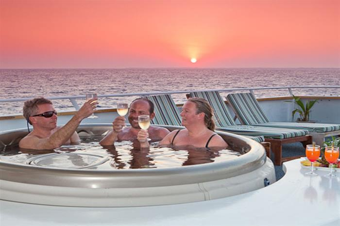 Hot Tub Sunset onboard Belize Aggressor III Liveaboard