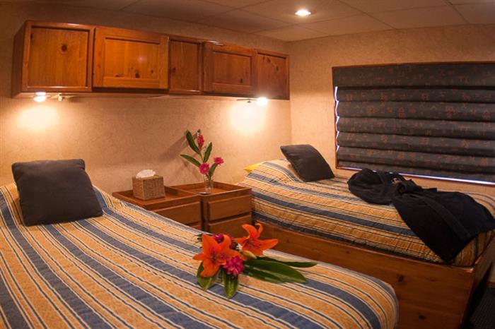 Belize Aggressor IV Liveaboard Deluxe Stateroom