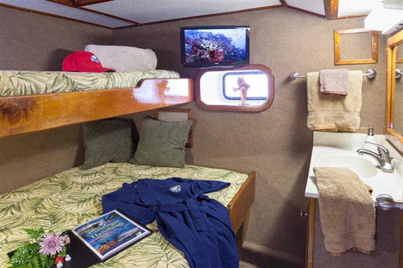 Bahamas Aggressor Deluxe Stateroom