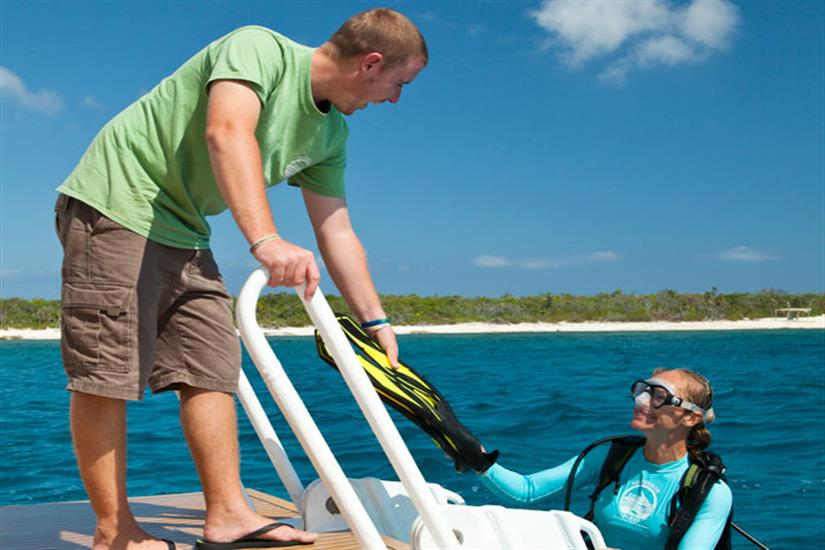 Cayman Aggressor IV Dive Platform