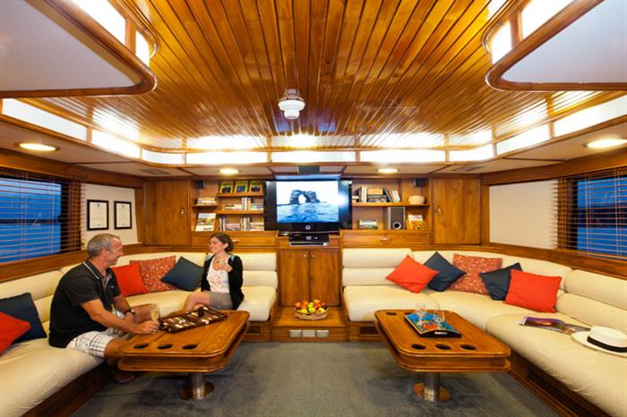 Galapagos Aggressor III Liveaboard Indoor Salon