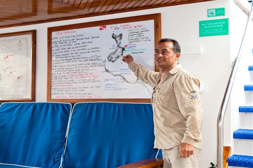 Galapagos Aggressor III Liveaboard Dive Briefing