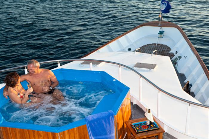 Galapagos Aggressor III Liveaboard Hot Tub