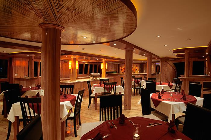 MV Orion Liveaboard Indoor Dining Room