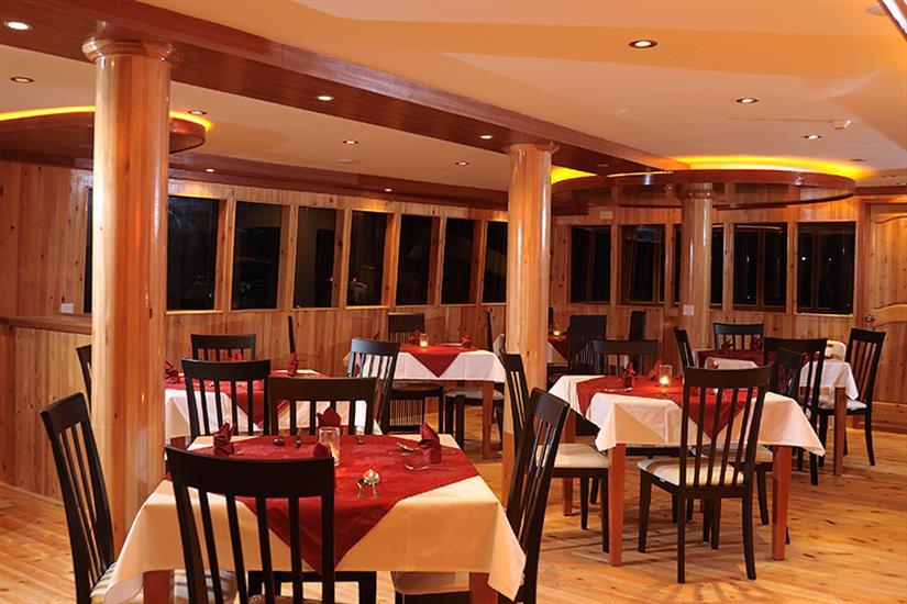 MV Orion Liveaboard Dining Area