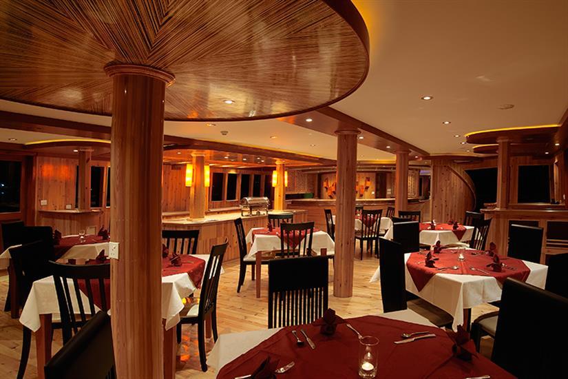MV Orion Liveaboard Indoor Dining Room