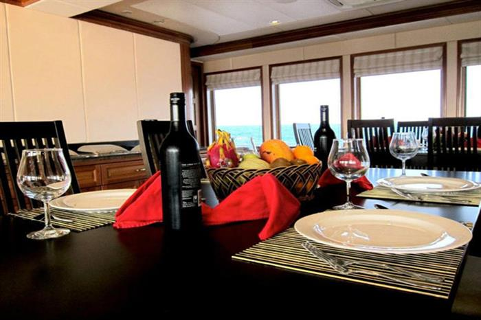 Dining Area - MV Virgo Liveaboard
