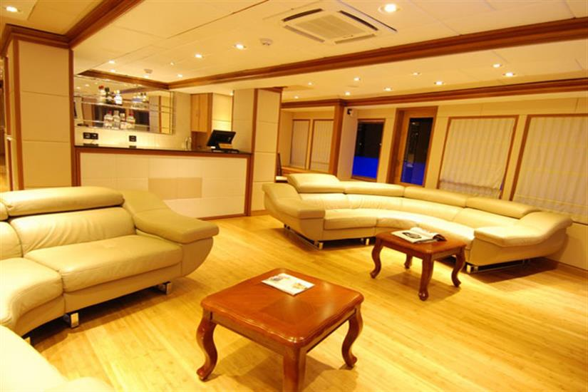 Indoor Saloon - MV Virgo Liveaboard