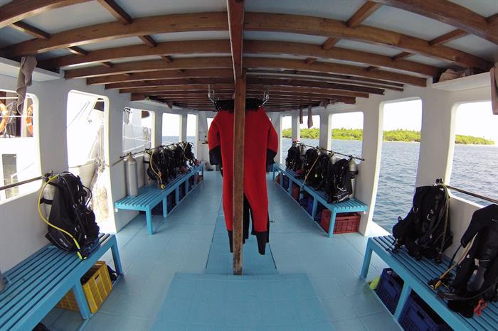 Inside Diving Dhoni - Amba Maldives