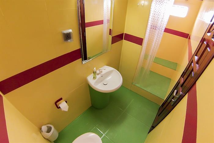 En-suite bathrooms - Amba Maldives