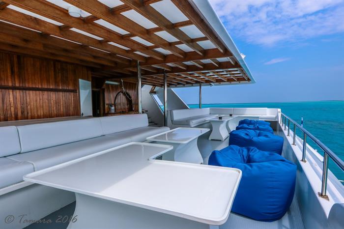 Shaded Deck - Amba Maldives