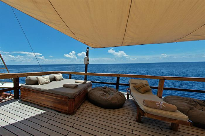 Sun Deck - Damai II Indonesia