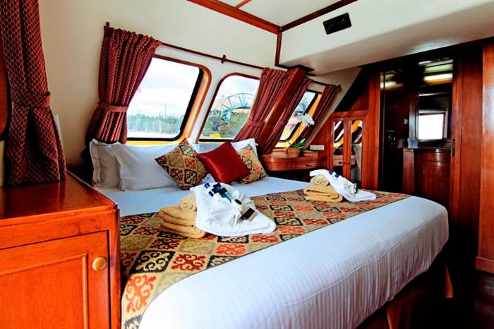 Master Cabin - Mermaid I Liveaboard