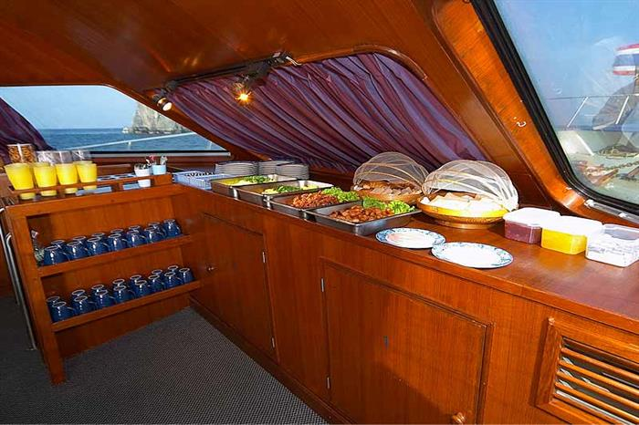 Fresh food on the Mermaid II Liveaboard