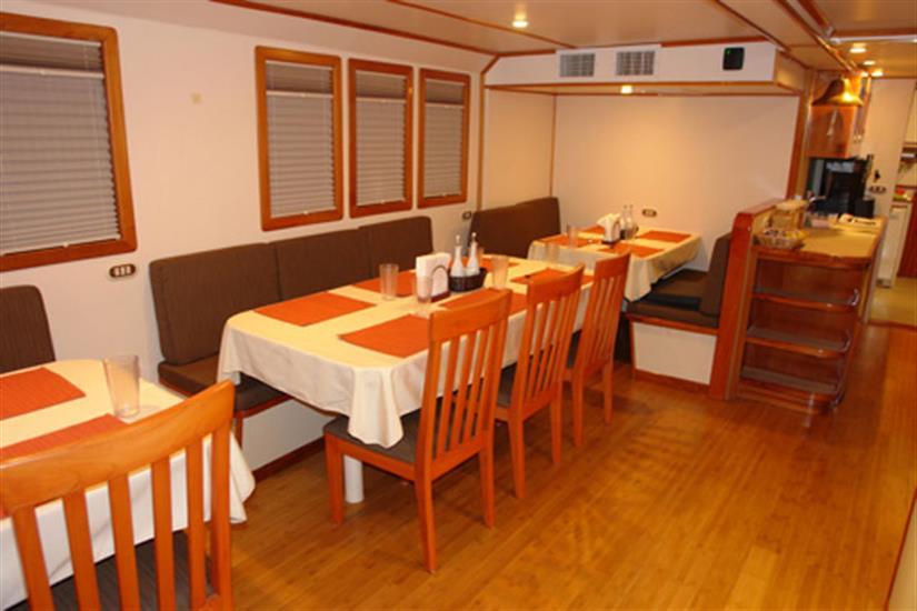 Argo Liveaboard Dining Area