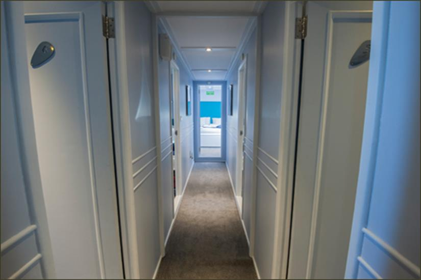 Blue Fin Liveaboard lower deck corridor