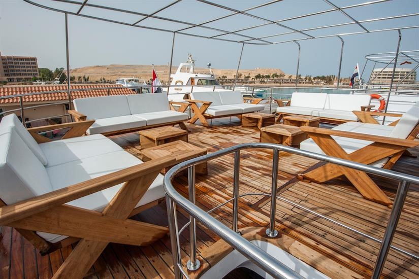 Outdoor Lounge Area - blue Horizon