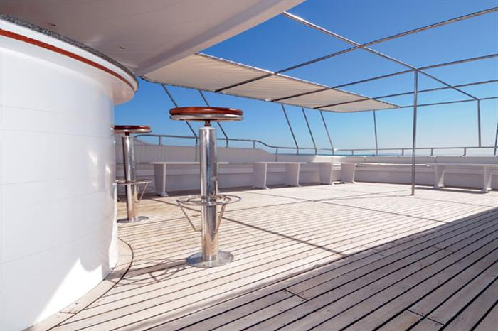 Spacious sun deck area - Blue Melody liveaboard