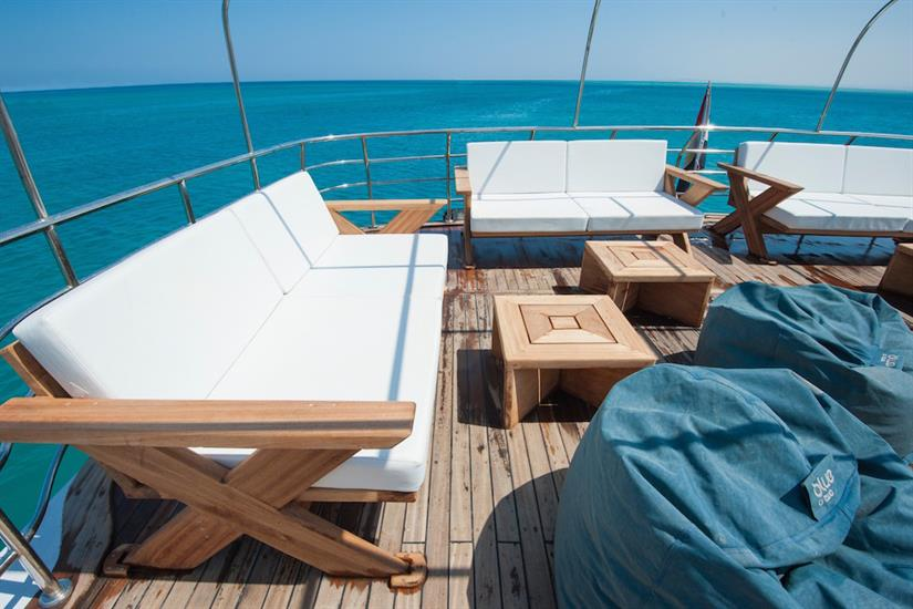 Outdoor lounge area - blue Melody Red Sea