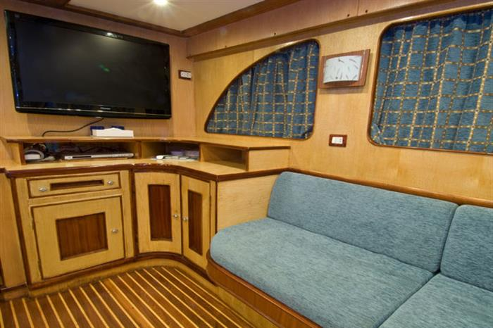 Entertainment Area - MV Blue Voyager