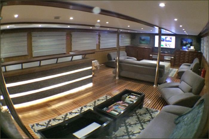 Sky Lounge - Maldives Blue Voyager
