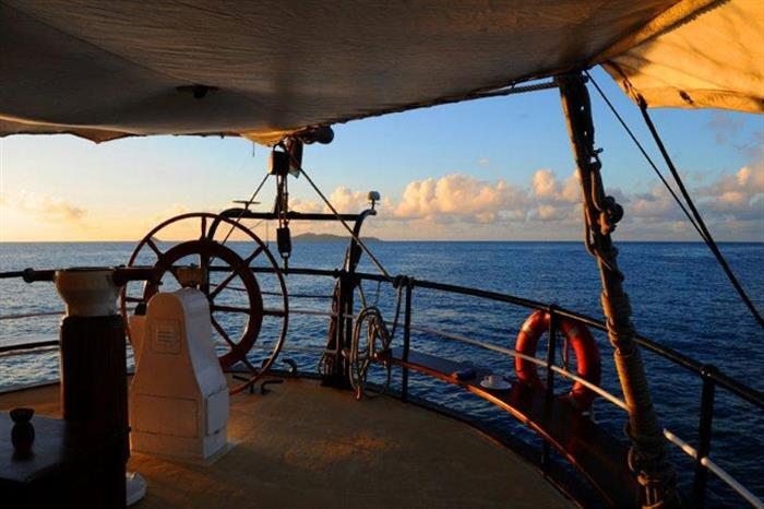 Wheel House onboard Sea Shell Liveaboard
