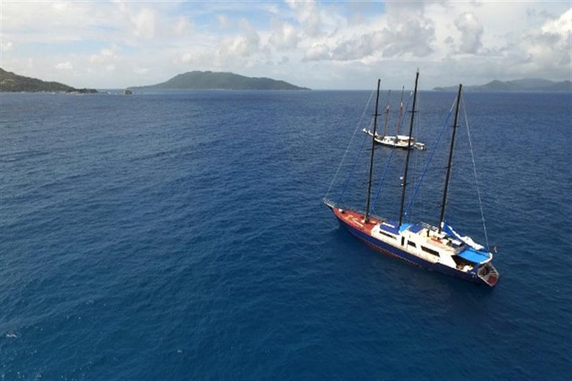 Enjoy the Seychelles onboard Sea Star Liveaboard