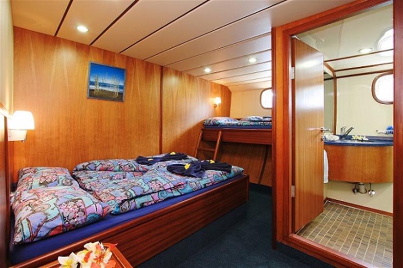 Sea Bird Liveaboard - Triple cabin with en-suite facilities