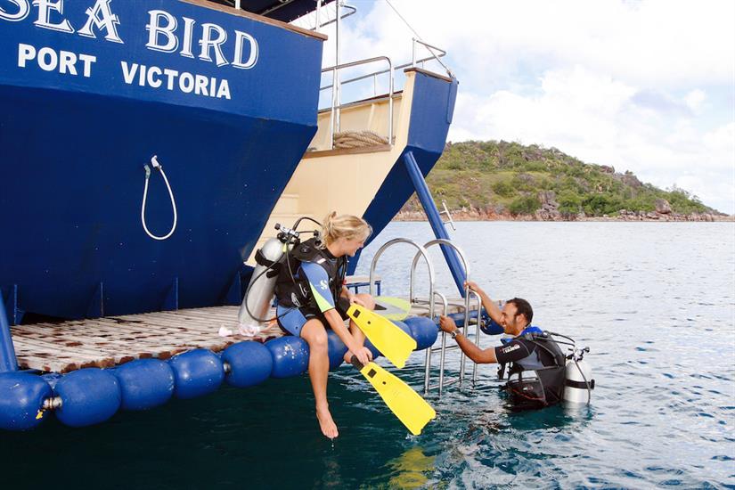 Dive platform - Sea Bird Liveaboard