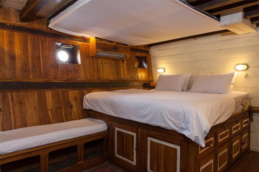 Double Cabin - Tiger Blue Liveaboard