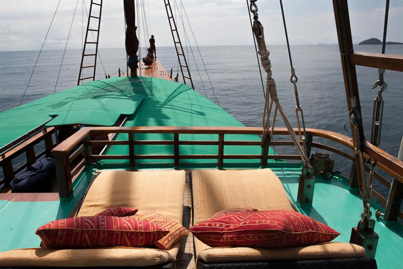 Comfortable sun deck - Tiger Blue