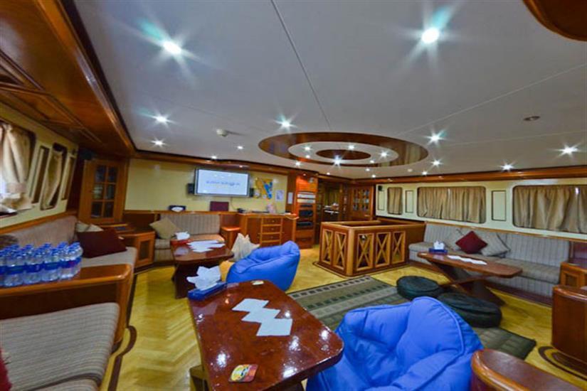 Indoor Salon - Emperor Superior