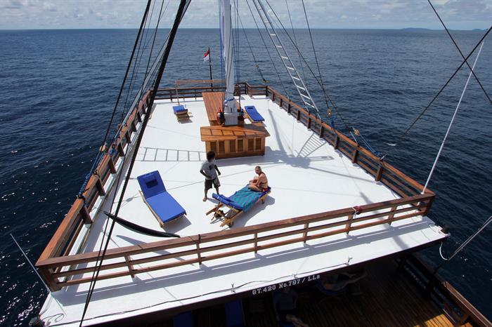 Amira  - sun deck