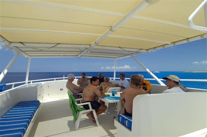 Social areas onboard Turks and Caicos Explorer II