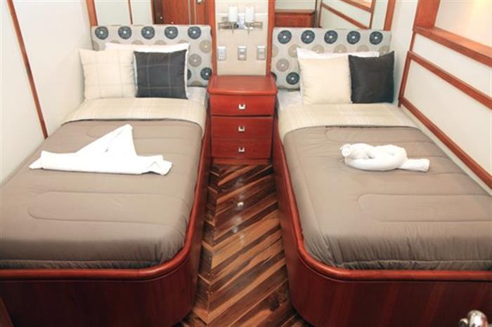 Guest Cabin - Humboldt Explorer