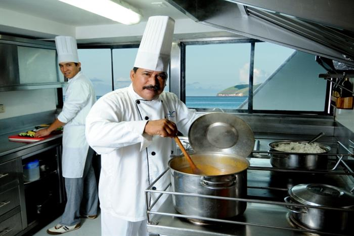 Chefs onboard - Galapagos Sky