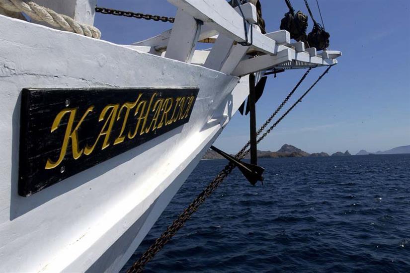 Katharina Liveaboard sailing in Indonesia