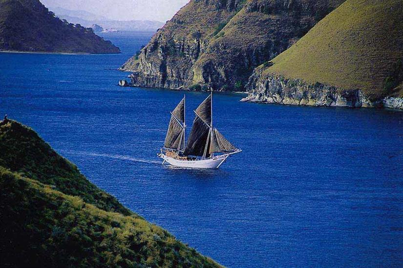 Explore amazing Indonesian islands onboard Katharina Liveaboard