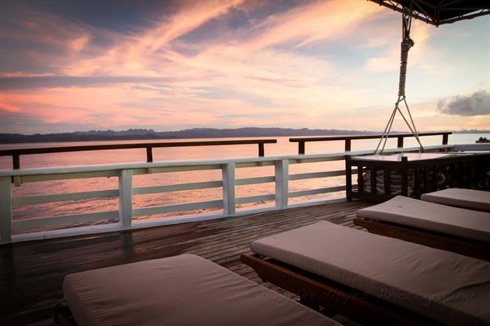 Enjoy amazing sunsets onboard Ombak Putih Indonesia