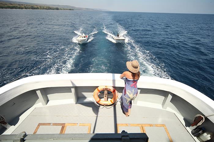 Tenders onboard Ombak Putih